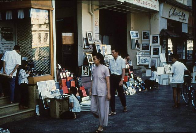 Saigon 1956 - Le Loi Avenue