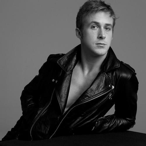 Ryan-Gosling-ryan-gosling-28741360-1875-1875