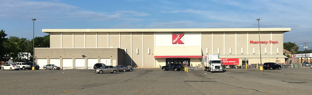 Kmart Grand Way Elmwood Park Nj This Is The Building