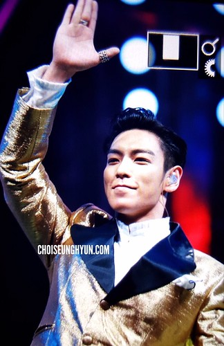 BIGBANG Hunan TV 2015-12-31 by Choidot (1)
