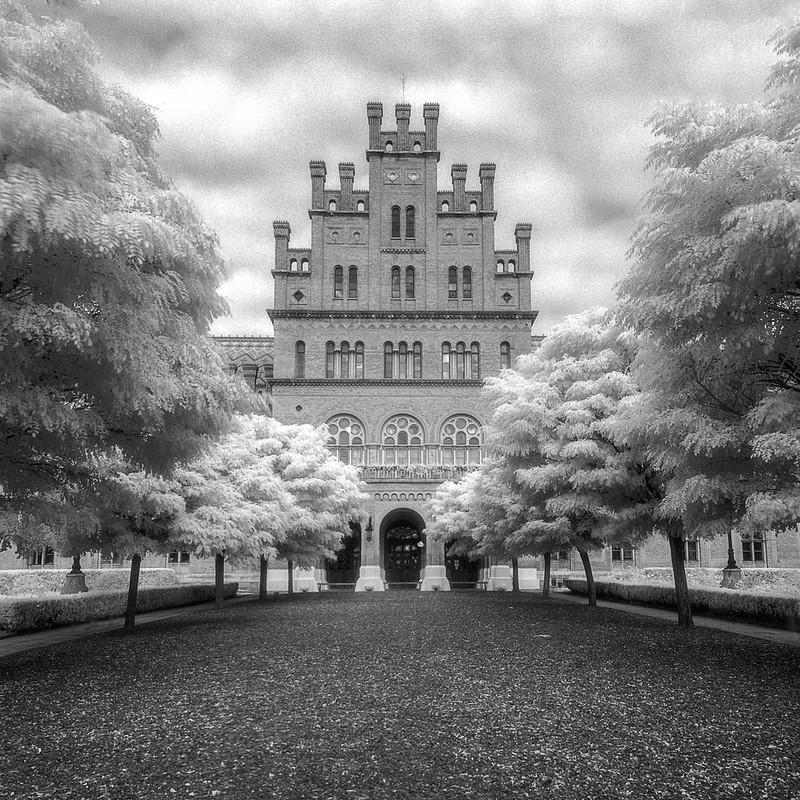 Chernivtsi University: Main Entrance