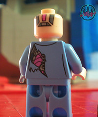 "LEGO Teenage Mutant Ninja Turtles ::  Exclusive NYCC LEGO Kraang ""Battle Damage Suit"" Minifigure  xv (( 2012 ))"