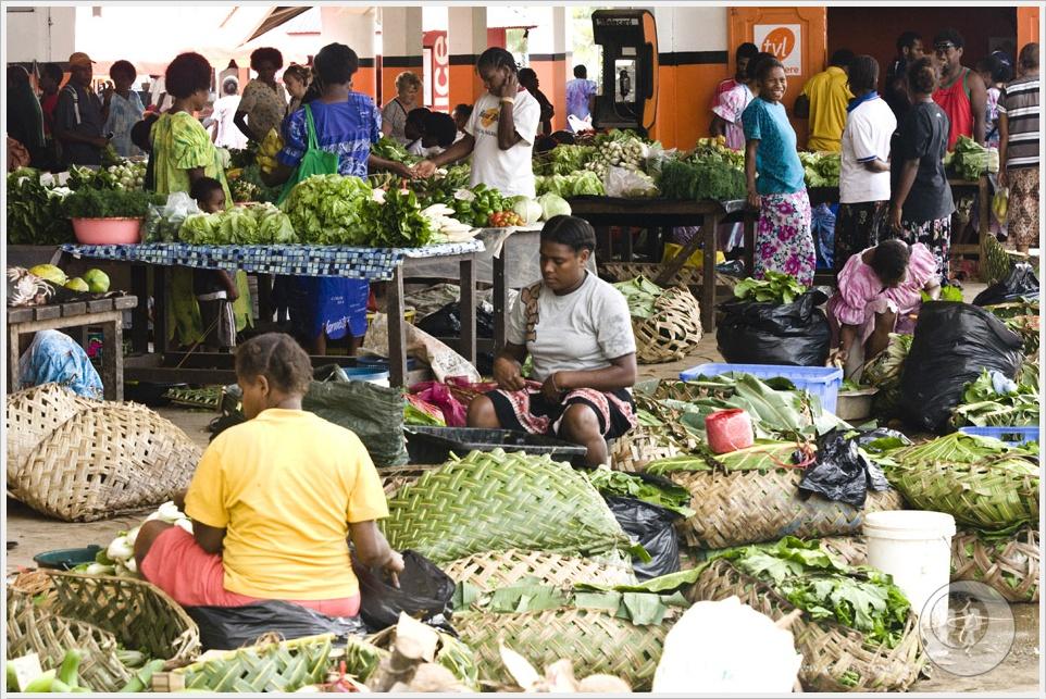2012 08 01_Magda i Tomek Dookola Swiata_Vanuatu-rynek_DSC_0071