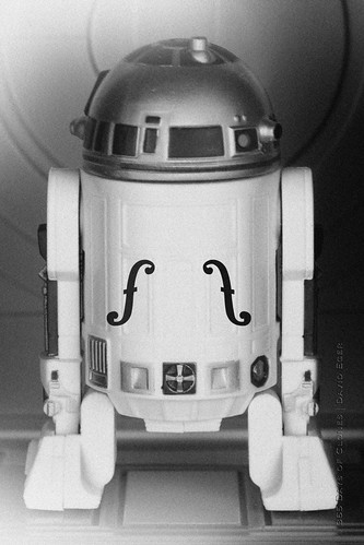 43/52 | Le Violon d'Artoo by egerbver