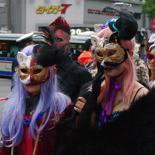 Kawasaki-Halloween-2012-Parade-33-IMGP1441-cropped