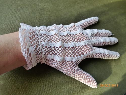 Lace glove 2