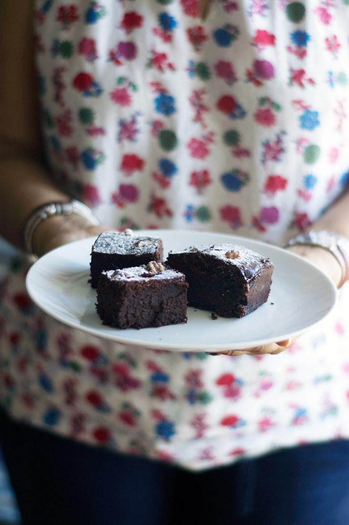 Brownies (cerveja preta, nozes e chocolate branco)