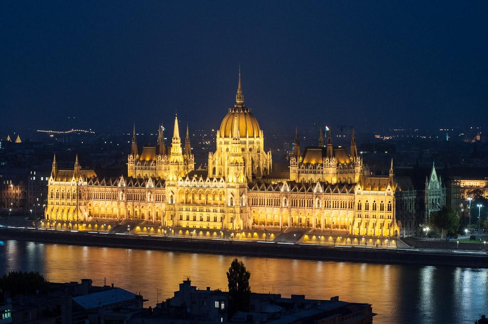Visita al parlamento de hungr a en budapest for Foto del parlamento