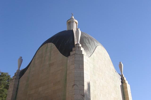 Teardrop Chapel, Dominus Flevit