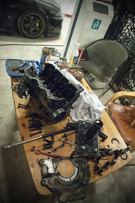LimboMUrmeli: Maailmanlopun Vehkeet VW, Nissan.. 8376785872_3d49fc948c_c