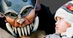Divoké karnevalové masky straší v Evolène