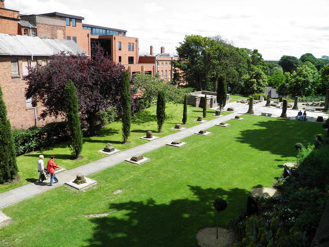 The Roman Garden, Deva Victrix (Chester, UK)  Explore ...