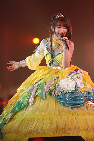 130121(1) – 「水樹奈奈」睽違2年之交響樂演唱會《LIVE GRACE 2013 -OPUSⅡ-》安可彈豎琴、感動數萬人! (5/7)