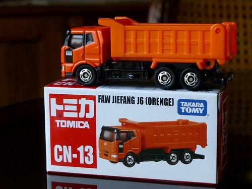 Tomica CN-13 FAW Jiefang J6