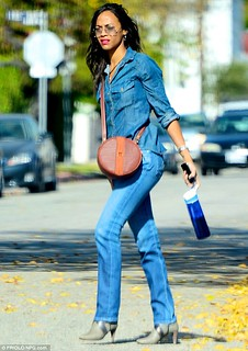 Zoe Saldana Denim Shirt Celebrity Style Women's Fashion