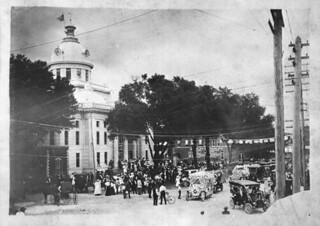 Parade celebrating the completion of the Old Polk County Courthouse: Bartow, Florida