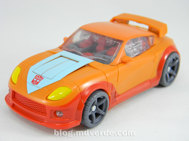 Transformers Wheelie Deluxe - Generations GDO - modo alterno