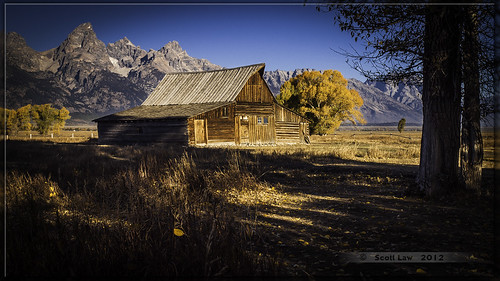 T A Moulton Barn in Autumn by Just Used Pixels