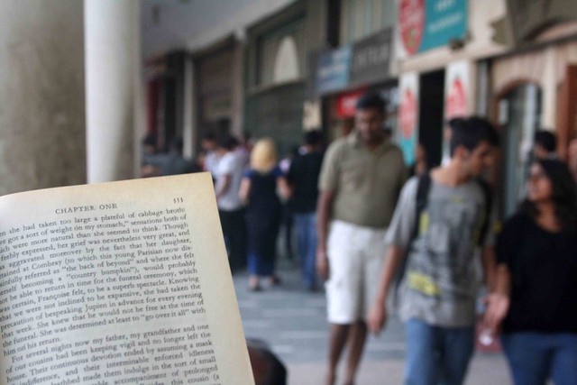 City Reading – The Delhi Proustians XXIX, Outside Wenger's