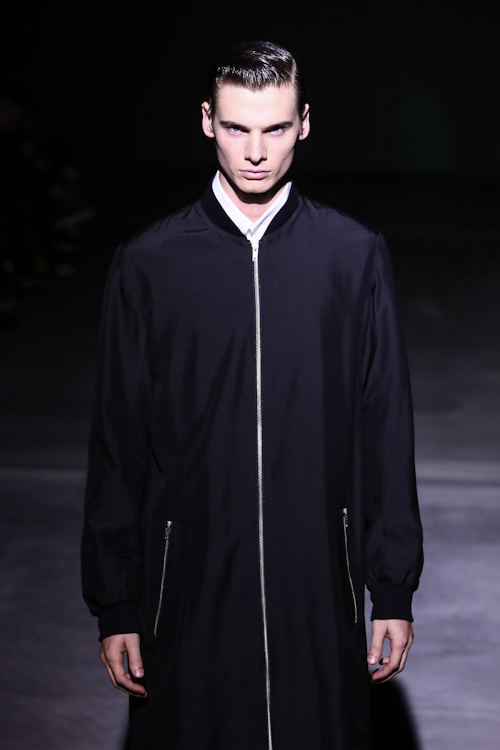 SS13 Tokyo DRESSEDUNDRESSED017_Angus Low(Fashion Press)