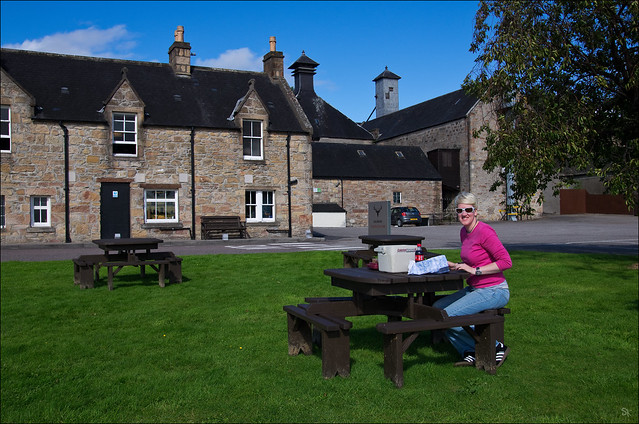Picknick at the Dalmore Distillery