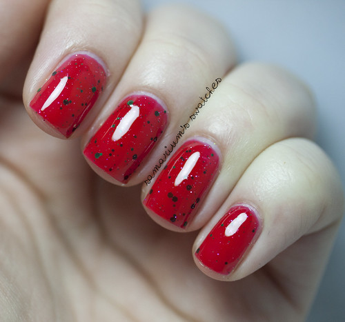 Jindie Nails Kiss Me Under the Mistletoe (3)