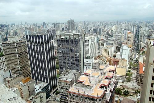 Luxuriöse Flaniermeilen und Dachgärten von Sao Paolo