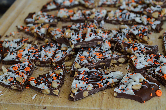 Pumpkin Spice Chocolate Bark is cut into pieces.