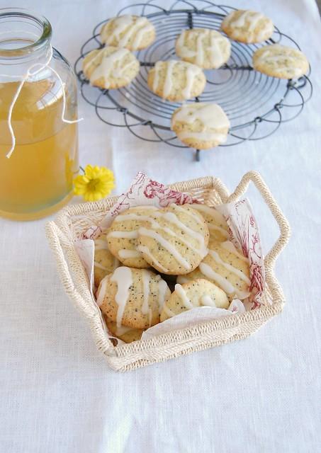 Double limoncello poppy seed cookies / Biscoitos duplos de limoncello e sementes de papoula