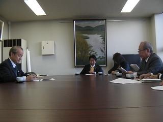 2012/10/29 蕨市議会 保守系会派新生会による予算要望の提出