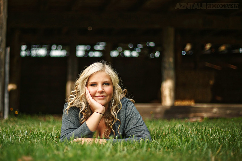 Strobist - 2013 Sequim HS Senior Kourtney!