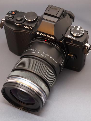OLYMPUS OM-D E-M5 + M.ZUIKO DIGITAL ED 12-50mm F3.5-6.3 EZ