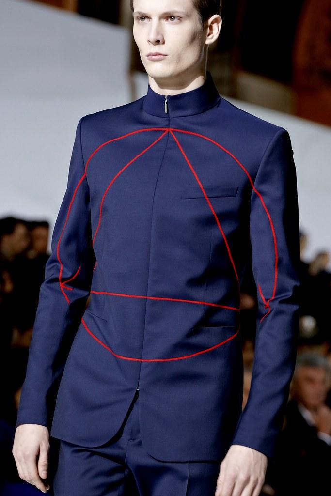 FW13 Paris Dior Homme067_Felix Gesnouin(GQ.com)