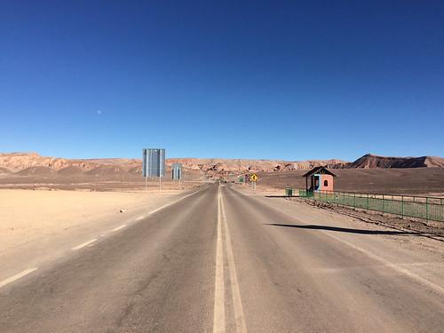 Le désert d'Atacama:  la ruta del desierto. La route du désert et de la Valle de la Muerte.