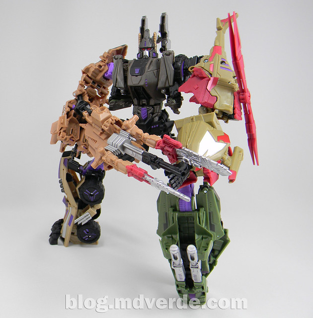 Transformers Bruticus Generations Fall of Cybertron - SDCC Exclusive - modo Bruticus