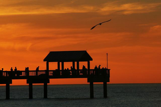 Sunset_on_Pier_60