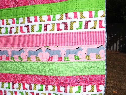 QUILT - Jenny Strips in the Rain, front, close up