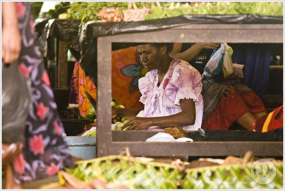 2012 08 01_Magda i Tomek Dookola Swiata_Vanuatu-rynek_DSC_0030