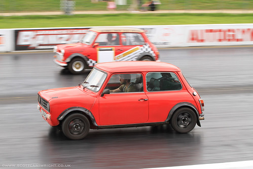 Drag Racing Mini's