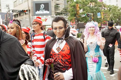 Kawasaki-Halloween-2012-Parade-43-R0022670