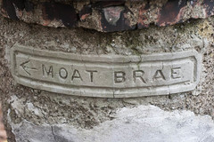 This way to Moat Brae
