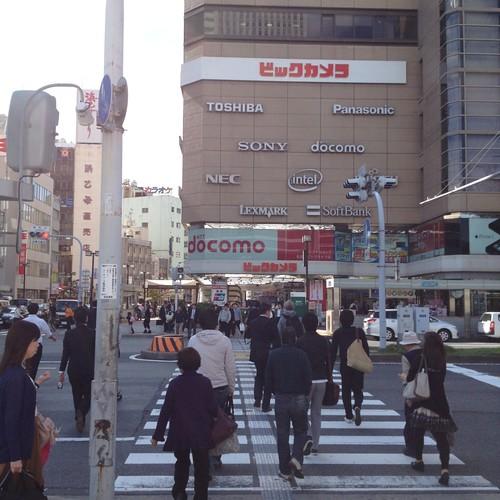 名古屋駅前のビックカメラへ by haruhiko_iyota