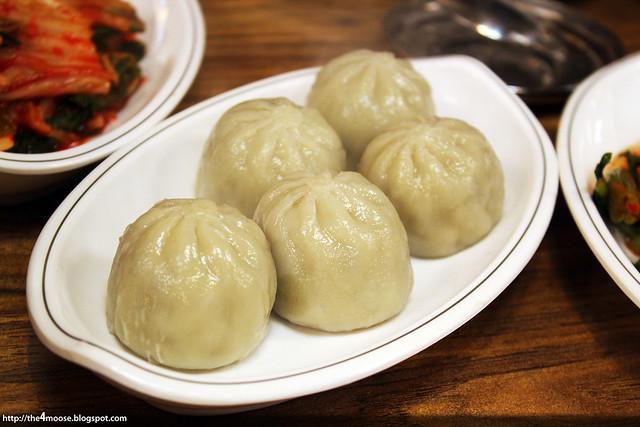 마당닭 칼국수 - Kaesong Mandu