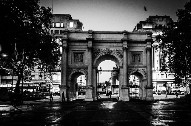 london marble arch hyde park night