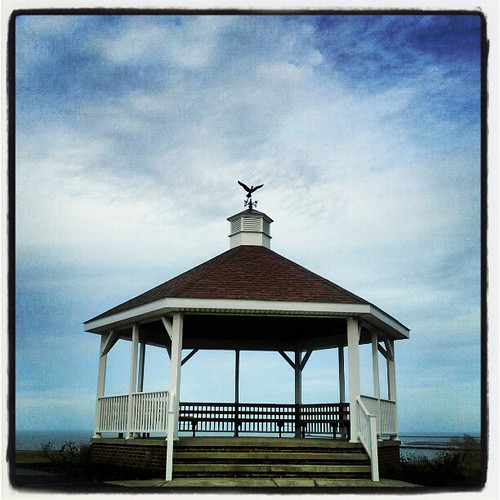 #sky #clouds #instagood #blue #gazebo #lakeshorepark #ohio #Ashtabula