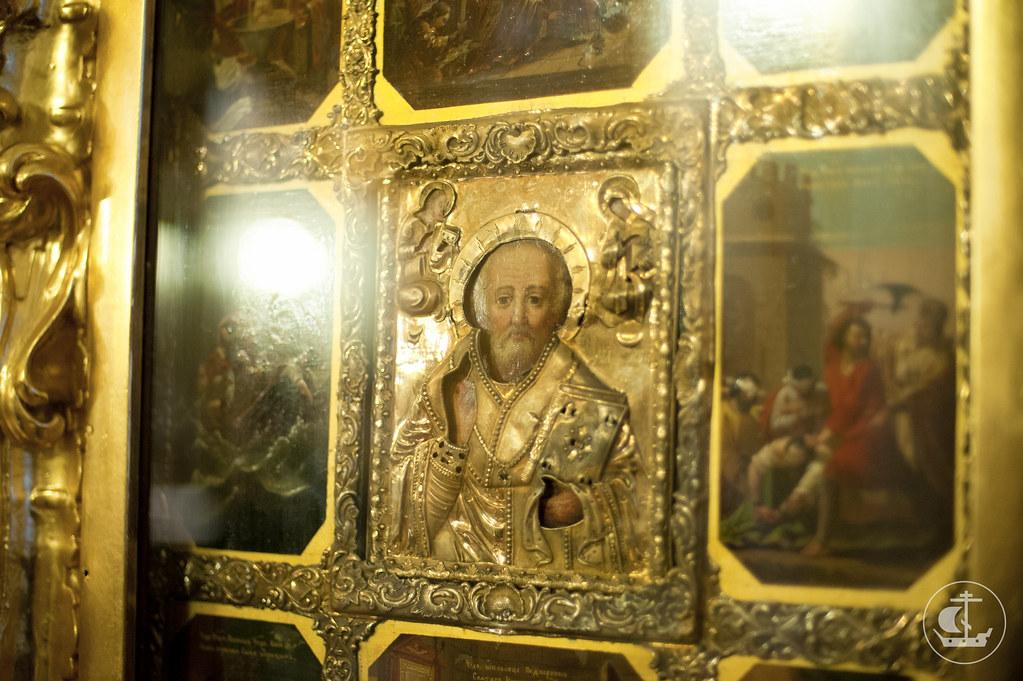18 января 2013, Всенощное бдение накануне престольного праздника Николо-Богоявленского морского собора