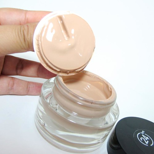 Revlon Colorstay Whipped Creme Makeup — Project Vanity