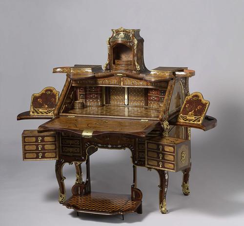 016-Bureau- Abraham Roentgen 1760-1765-Rijksmuseum