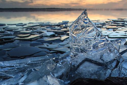 winter sunset lake holland ice netherlands dutch landscape zonsondergang meer nederland flevoland landschap almere gooimeer ijs almerehaven ijsschotsen kruiendijs showice