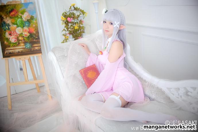 28657502963 7a2f7b822b o [ Tổng hợp ] Bộ ảnh cosplay của Emilia của Coser ASAKI   Dễ thương đến mê hồn
